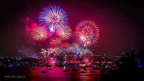new year 2015 sydney sydney harbour new year s fireworks distan bach