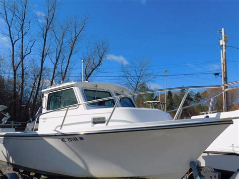 used parker boats for sale in maine 2016 used parker 2120 sc pilothouse boat for sale