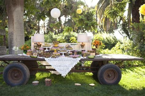 vintage backyard wedding ideas green and yellow rustic wedding ruffled