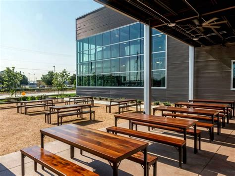 Patio Restaurants Houston by Enjoy The Great Outdoors 10 Wonderful New Restaurant And