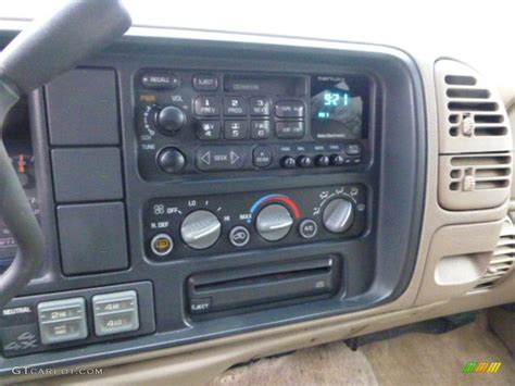 1998 Tahoe Interior by 1998 Chevrolet Tahoe Lt 4x4 Controls Photos Gtcarlot
