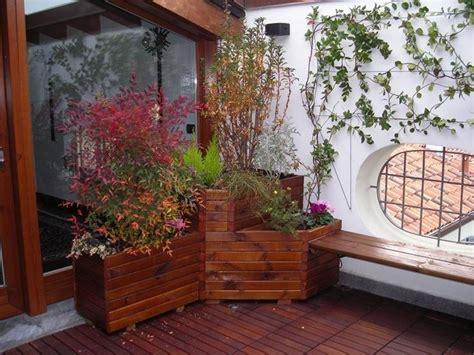 fioriere per terrazzo fioriere da terrazzo vasi e fioriere vasi per il terrazzo