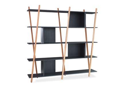 estante para livros de madeira estante para livros preta 5 prateleiras p 201 s de madeira