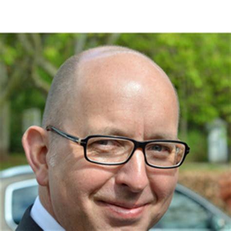 unicredit bank hamburg lothar schulz creditanalyst schiffsfinanzierung