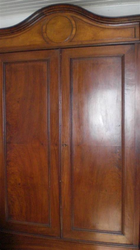 kleiderschrank nussbaum antiker kleiderschrank nussbaum gr 252 nderzeit in karlsruhe