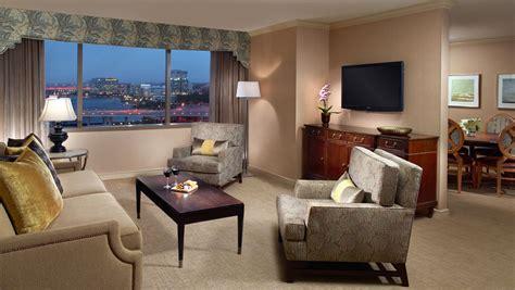 hotel suites in jacksonville fl omni jacksonville hotel