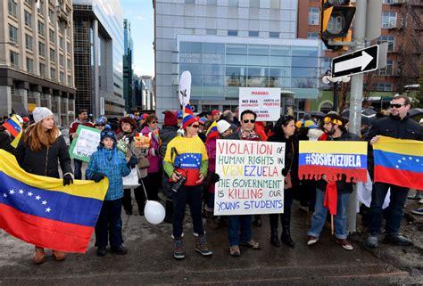 imagenes sos venezuela protesta el sos venezuela en ottawa foto de archivo