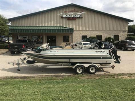 fishing boats for sale in illinois tracker boats for sale in illinois boatinho