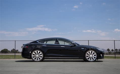 Tesla Model S Motor Trend 2013 Motor Trend Car Of The Year Tesla Model S Motor Trend