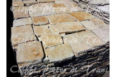 piastrelle di pietra piastrelle in pietra di trani tranciata michele cioffi