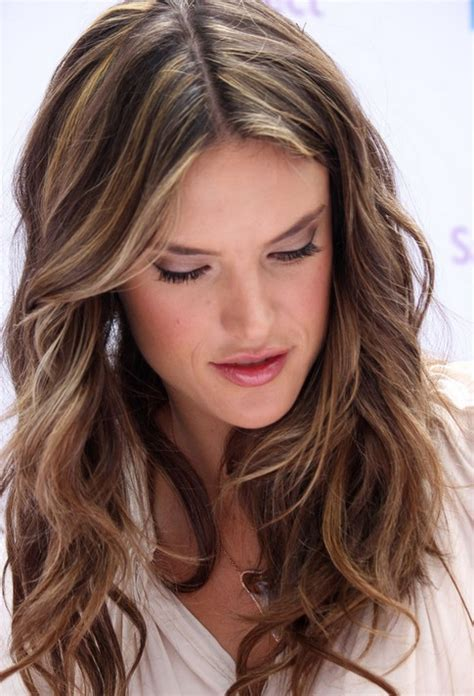 Hairstyles For Brown Hair by Layered Light Brown Hairstyles Alessandra Ambrosio Hair