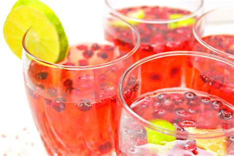 Celebrate The Holidays With Pomegranate 7up by 7up Pom Spritzer