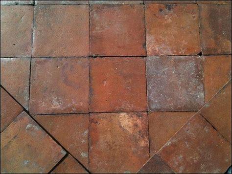 pavimento in cotto antico prezzi la riggiola pavimento di cotto antico di recupero