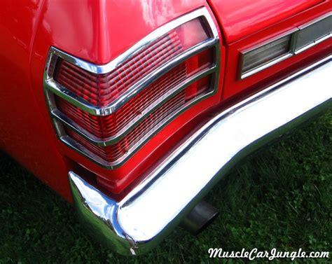 pontiac beaumont tail light