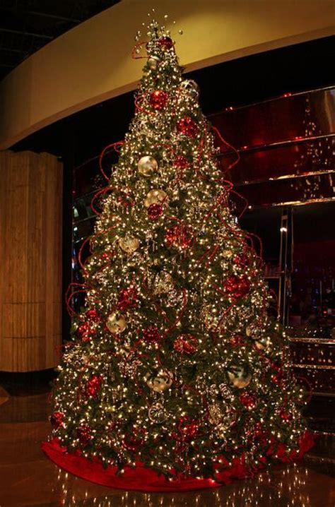mgm grand las vegas christmas tree flickr