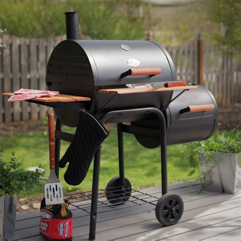 Who Makes Backyard Grill Brand - char griller smokin wrangler grill charcoal grills at hayneedle