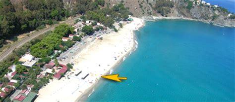 spiaggia di caminia spiagge in calabria caminia piccola perla dello ionio