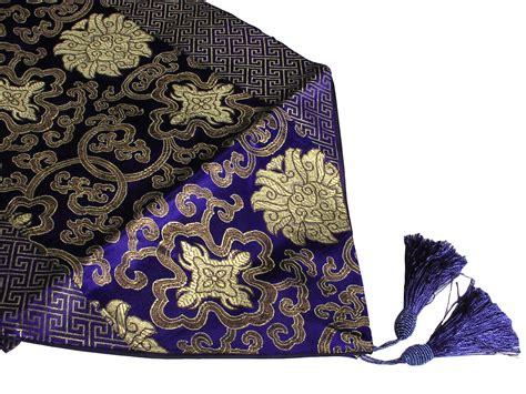 chemin de table asiatique royal blue gold lotus asian inspired table runner