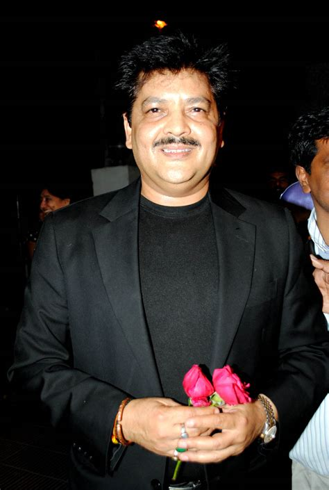 udit narayan biography in hindi udit narayan profile picture bio body measurments hot