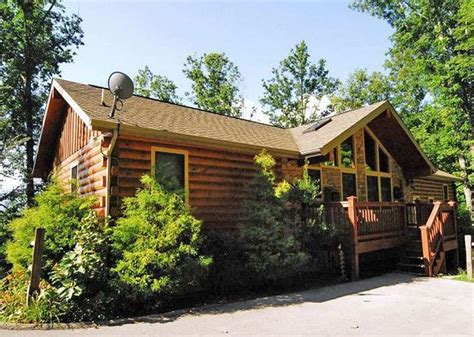 3 bedroom cabins in gatlinburg tn cheap gatlinburg tennessee usa affordable luxury 3 bedroom