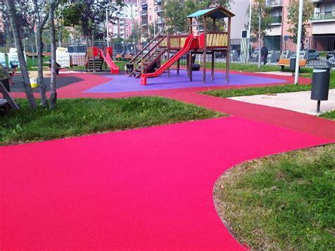 tappeto gommato per bambini pavimenti per bambini ecco alcune foto di in gomma colata