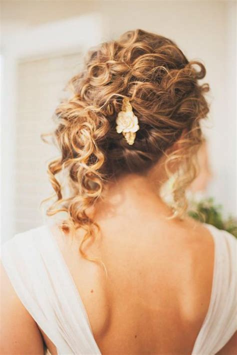 Wedding Hairstyles For Curly by Beautiful Curly Hairstyles For Wedding Www Pixshark