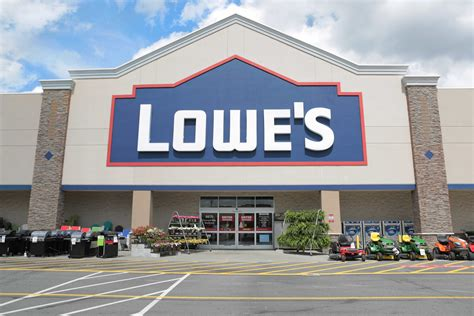 lowe s lowe s reports third quarter sales and earnings results