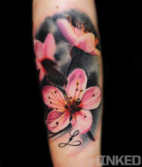 tattoo hibiscus arm 30 hibiscus tattoo designs for men and women