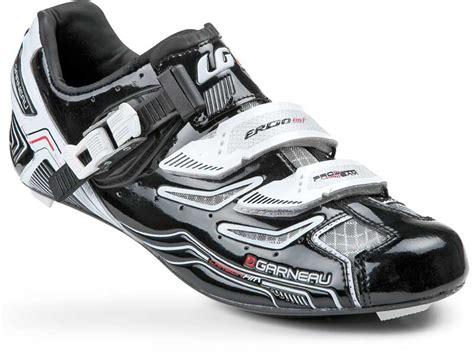 why wear bike shoes louis garneau debuts carbon pro team road shoes