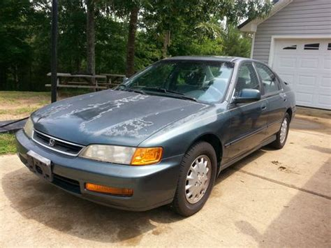 buy used 1996 honda accord lx sedan 4 door 2 2l in