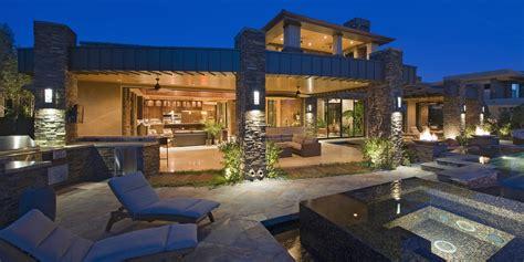 sales   million  homes soar   toronto