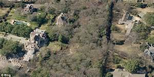george bush house you can be george w bush s neighbor for only 135 million for dallas mansion