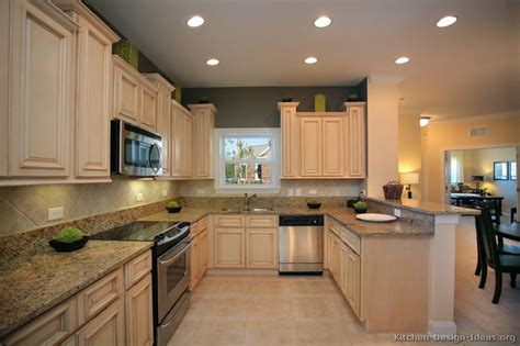just like the background paint color to possibly go with antique white cabinets crafts