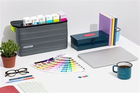 pantone portable guide studio eight guide set