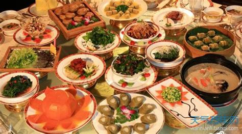 new year 15 days food 不同地区春节吃年夜饭有什么区别 万年历
