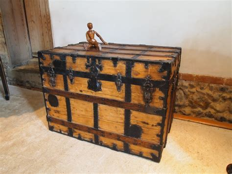 chest trunk blanket box coffee table c a