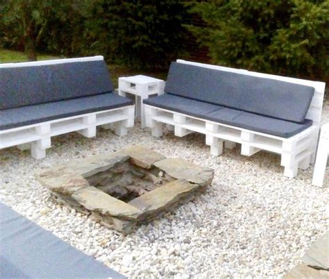 outdoor seating pallet outdoor seating around the fireplace 101 pallets
