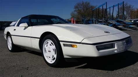 free car manuals to download 1988 chevrolet corvette electronic toll collection chevrolet corvette hatchback 1988 white for sale 1g1yy2187j5101349 1988 corvette in excellent