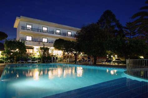 alpha hotel sant agnello italien omd 246 och prisj 228 mf 246 relse tripadvisor