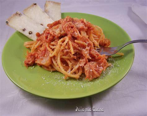 cavolo verza come cucinarlo spaghetti con sugo di verza miriam nella cucina