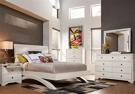 rooms to go bedroom sets belcourt white 5 pc king platform bedroom bedroom sets