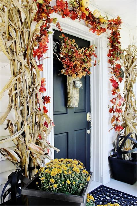 decorating your front door for fall homes