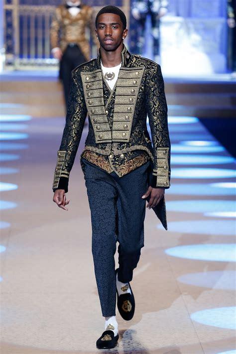 Dolce Gabbana 2008 Handbags Runway Review by Dolce Gabbana News Collections Fashion Shows Fashion