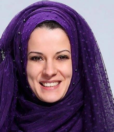 Jilbab Silk Satin Biru Dongker fashion tudung 2013 modelrumahminimalis 2016 arab jilbab images