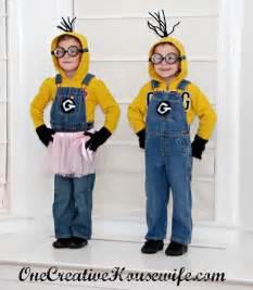 como hacer un disfraz de los minions en casa con fomi disfraces caseros manualidades infantiles