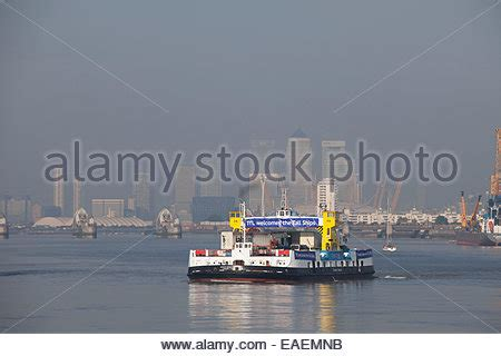 thames river ferry service the woolwich ferry is a free vehicle ferry service across