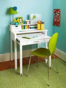Small Childrens Desk 1000 Images About Small Desk Ideas On Small