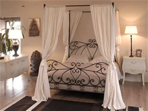 chambre avec lit baldaquin d 233 co chambre lit baldaquin