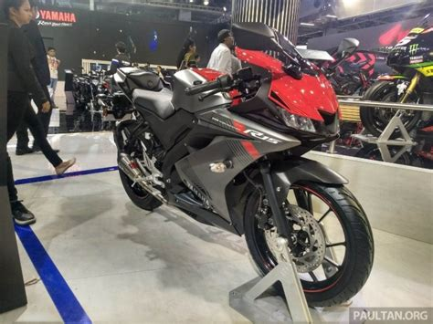 Tanki Yamaha R15 Model R1 2018 yamaha yzf r15 launched in india rm7 620