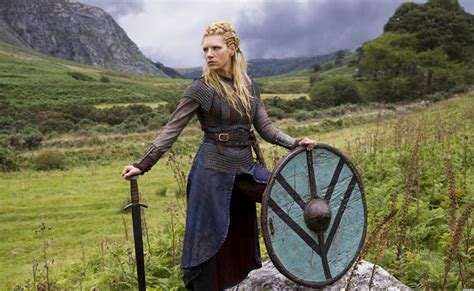 lagertha lothbrok how to dress like her lagertha costume diy guides for cosplay halloween
